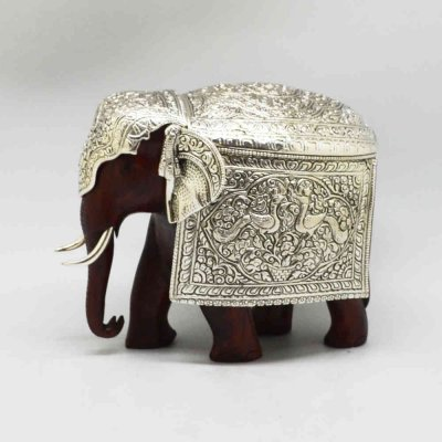 Wooden Elephant With Metal Kavach (Layer)