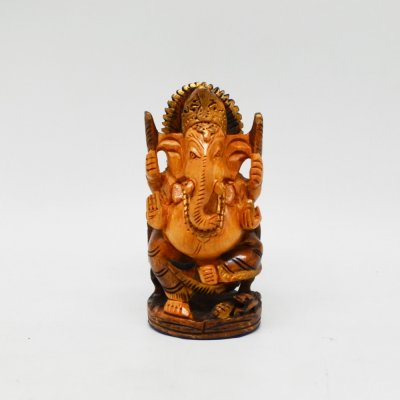 Whitewood Ganesha With Sinhasan